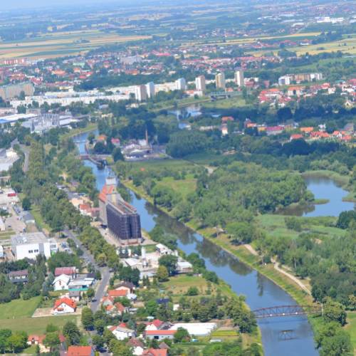 Strażacy zneutralizowali nieznaną substancję w Odrze. Nie ma zagrożenia dla mieszkańców i środowiska
