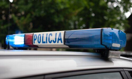 Oławscy policjanci zatrzymali nietrzeźwego motocyklistę, bez uprawień